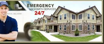 Emergency-Locksmith-Services-by-toronto-locksmith.ca_